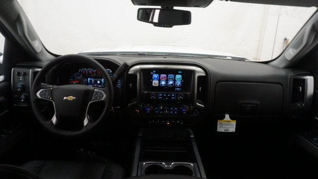 2018 Silverado 2500 Crew Cab 4x4, Pickup #T17129 - photo 33
