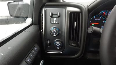 2018 Silverado 2500 Crew Cab 4x4, Pickup #T17129 - photo 17