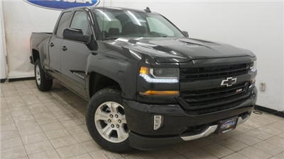 2018 Silverado 1500 Double Cab 4x4, Pickup #T17227 - photo 3