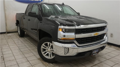 2018 Silverado 1500 Extended Cab 4x4 Pickup #T17236 - photo 3