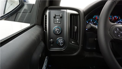 2018 Silverado 1500 Double Cab 4x4, Pickup #T17314 - photo 15