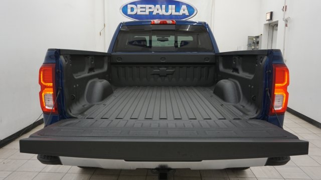 2018 Silverado 1500 Double Cab 4x4, Pickup #T17330 - photo 10