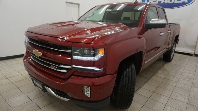 2018 Silverado 1500 Double Cab 4x4, Pickup #T17337 - photo 1