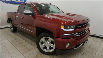 2018 Silverado 1500 Double Cab 4x4, Pickup #T17337 - photo 4