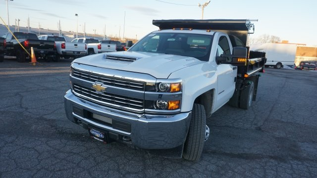 2018 Silverado 3500 Regular Cab DRW 4x4, Dump Body #T17362 - photo 2