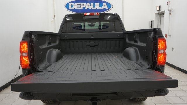 2018 Silverado 1500 Double Cab 4x4, Pickup #T17363 - photo 10