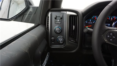 2018 Silverado 1500 Double Cab 4x4, Pickup #T17363 - photo 19