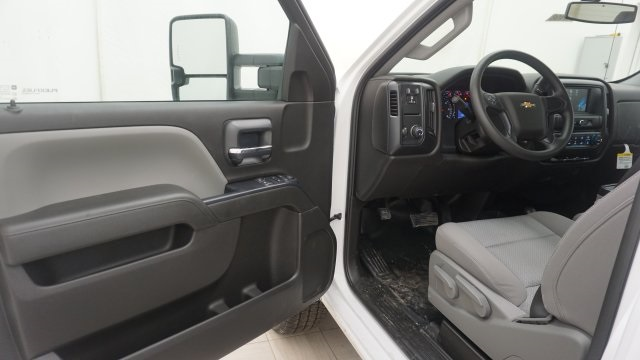 2018 Silverado 3500 Regular Cab 4x4, Service Body #T17498 - photo 10