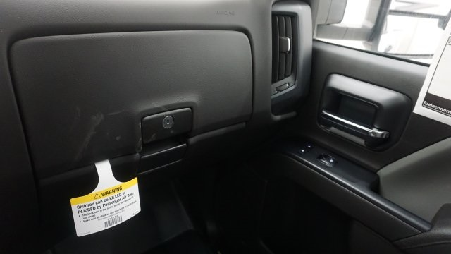 2018 Silverado 3500 Regular Cab 4x4, Service Body #T17498 - photo 30
