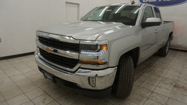 2018 Silverado 1500 Double Cab 4x4,  Pickup #T17648 - photo 1