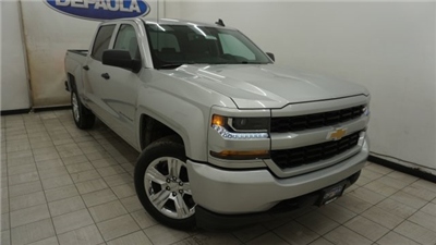 2018 Silverado 1500 Crew Cab 4x4, Pickup #T17841 - photo 3