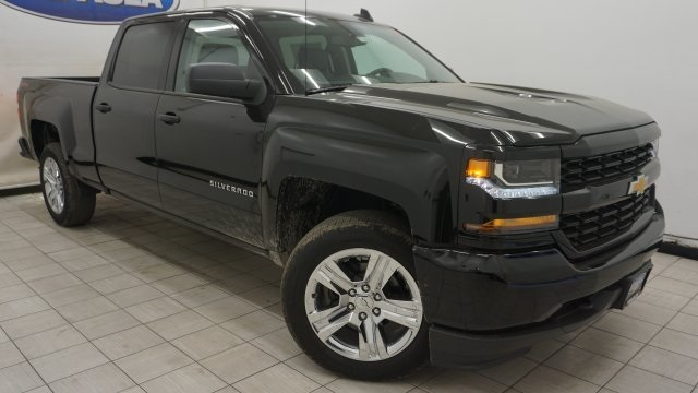 2018 Silverado 1500 Crew Cab 4x4,  Pickup #T18068 - photo 1