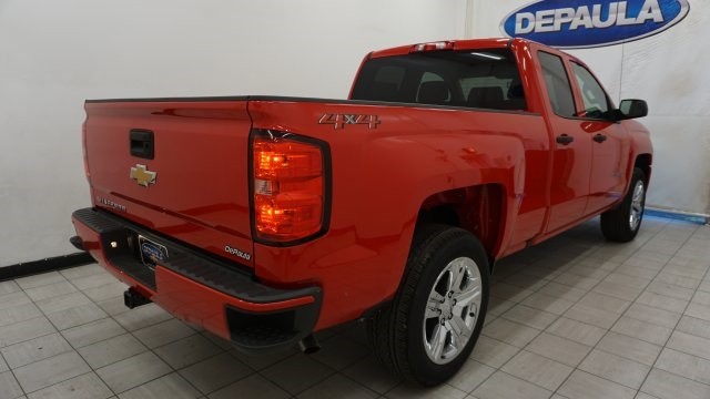 2018 Silverado 1500 Double Cab 4x4,  Pickup #T18457 - photo 11