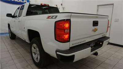 2018 Silverado 1500 Double Cab 4x4,  Pickup #T18479 - photo 2
