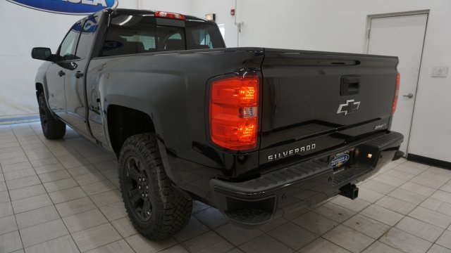 2018 Silverado 1500 Double Cab 4x4,  Pickup #T18517 - photo 2