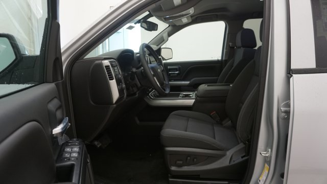 2018 Silverado 1500 Double Cab 4x4,  Pickup #T18549 - photo 4