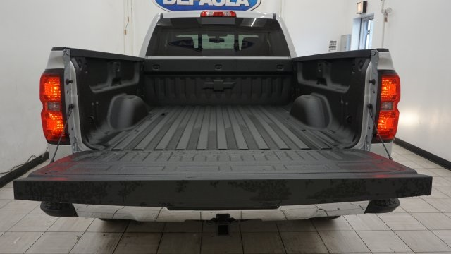 2018 Silverado 1500 Double Cab 4x4,  Pickup #T18549 - photo 10