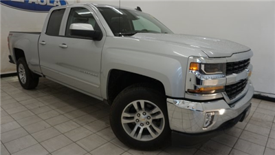 2018 Silverado 1500 Double Cab 4x4,  Pickup #T18549 - photo 3