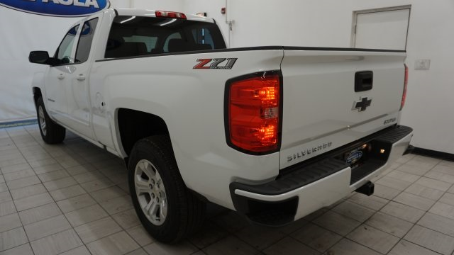 2019 Silverado 1500 Double Cab 4x4,  Pickup #T18818 - photo 2