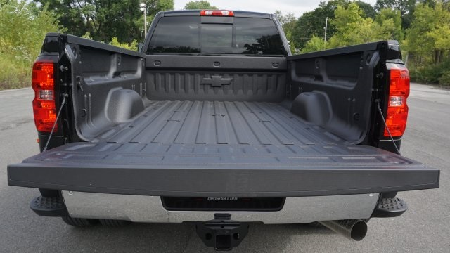 2019 Silverado 3500 Crew Cab 4x4,  Pickup #T18961 - photo 11