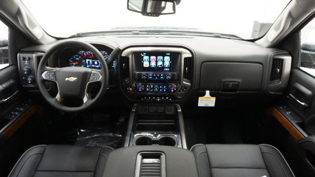 2019 Silverado 2500 Crew Cab 4x4,  Pickup #T19059 - photo 5