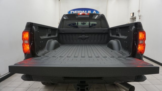 2019 Silverado 2500 Crew Cab 4x4,  Pickup #T19191 - photo 11