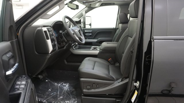 2019 Silverado 2500 Crew Cab 4x4,  Pickup #T19191 - photo 4