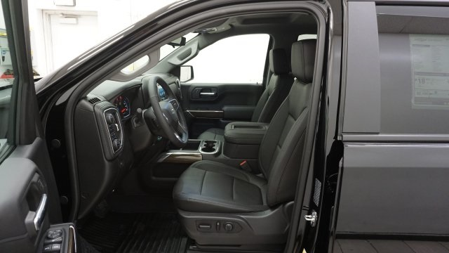 2019 Silverado 1500 Crew Cab 4x4,  Pickup #T19297 - photo 5