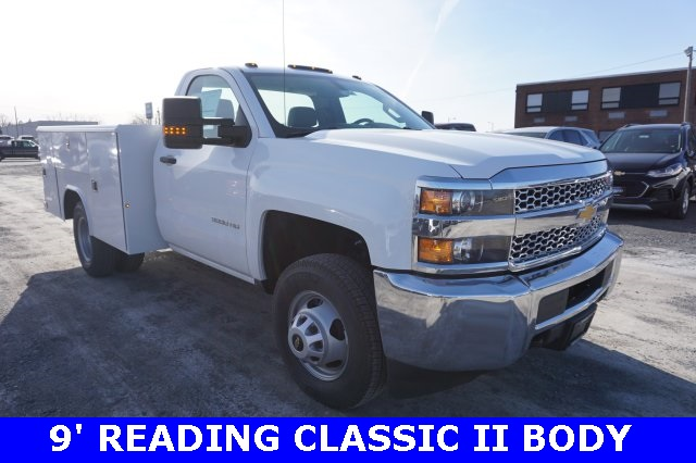 2019 Silverado 3500 Regular Cab DRW 4x4,  Cab Chassis #T19620 - photo 3