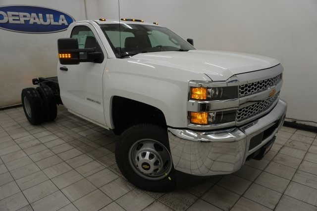 2019 Silverado 3500 Regular Cab DRW 4x4,  Cab Chassis #T19795 - photo 3