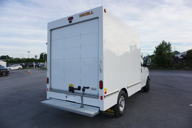 2019 Chevrolet Express 3500 4x2, Unicell Cutaway Van #T20986 - photo 1