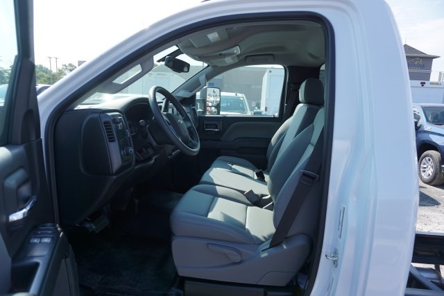 2019 Silverado 5500 Regular Cab DRW 4x2, Knapheide KUVcc Service Body #T20990 - photo 7