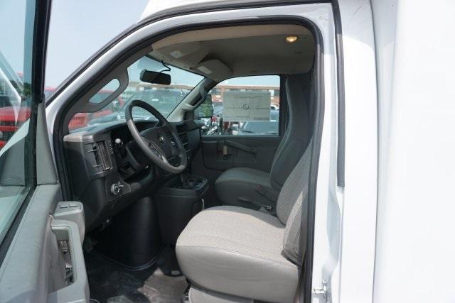 2019 Express 3500 4x2, Unicell Aerocell CW Cutaway Van #T21009 - photo 5