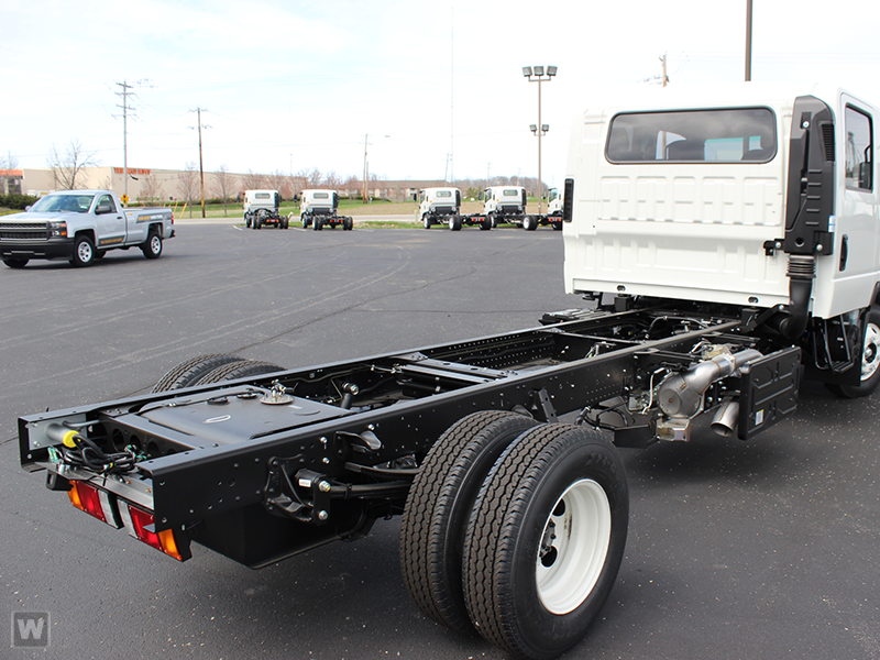 2015 NPR-HD Crew Cab Cab Chassis #1001 - photo 3
