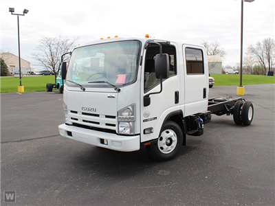 2015 NPR-HD Crew Cab Cab Chassis #1001 - photo 1