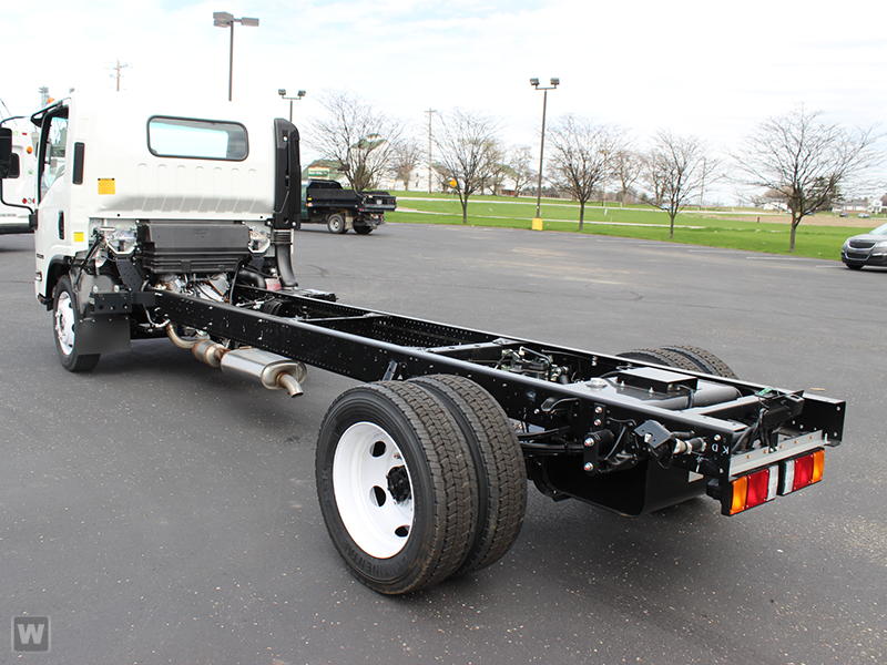 2015 NPR-HD Regular Cab Cab Chassis #1002 - photo 2