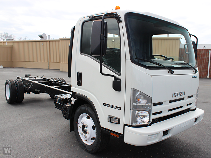 2015 NPR-HD Regular Cab Cab Chassis #1002 - photo 3