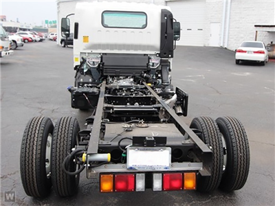 2015 NPR-HD Regular Cab, Cab Chassis #1007 - photo 2