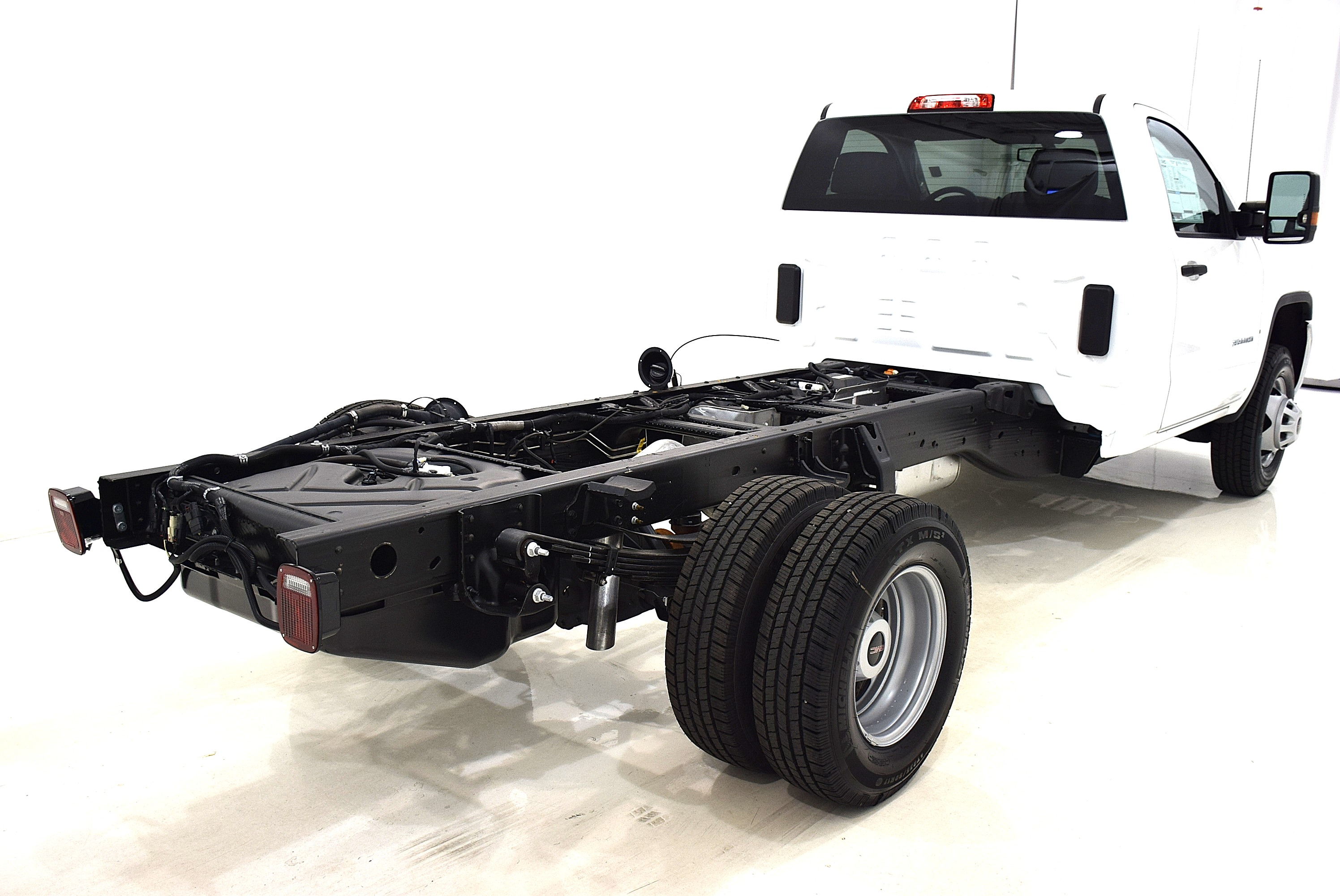 2016 Sierra 3500 Regular Cab 4x4, Cab Chassis #63717 - photo 5