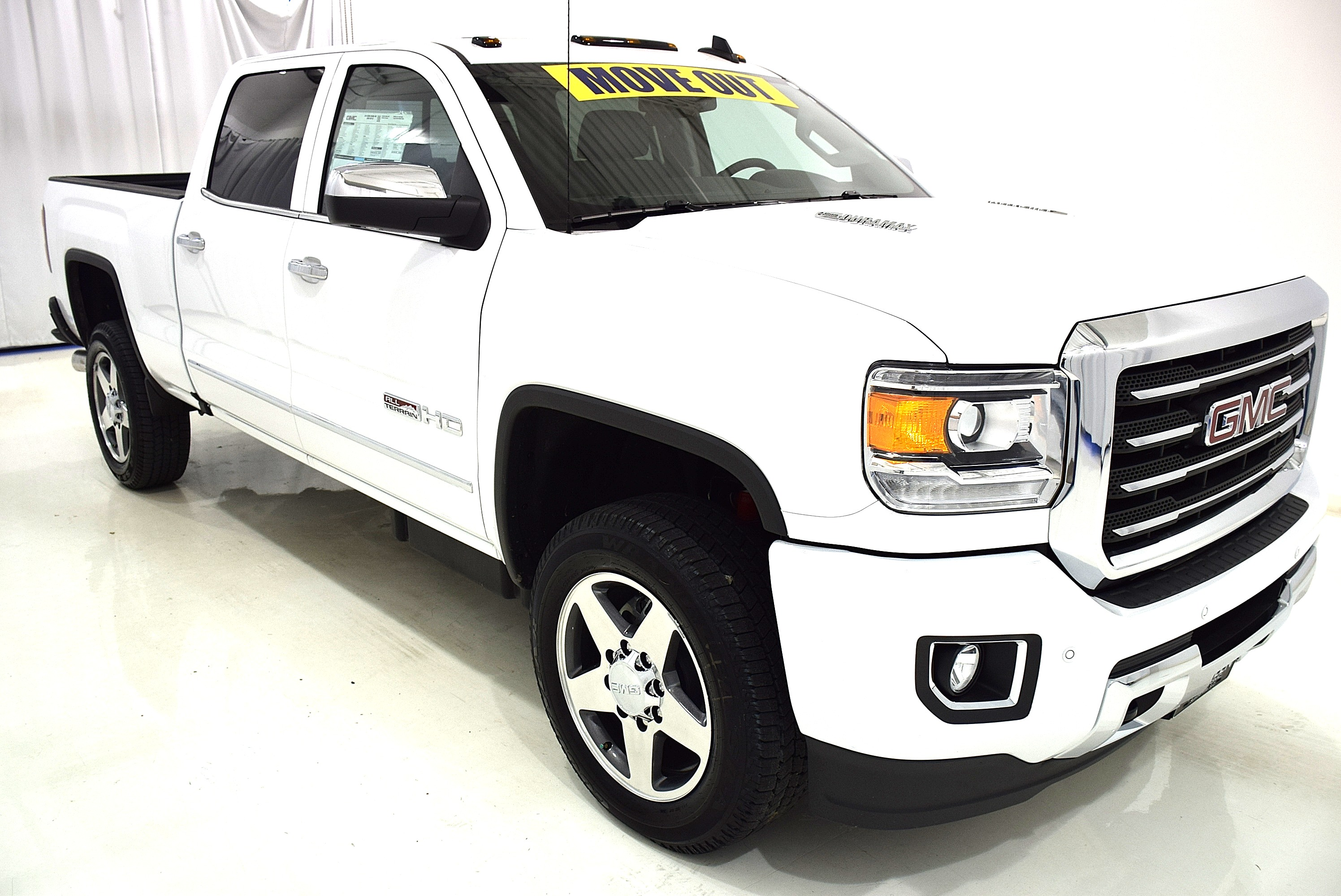 2016 Sierra 2500 Double Cab, Cab Chassis #63833 - photo 3