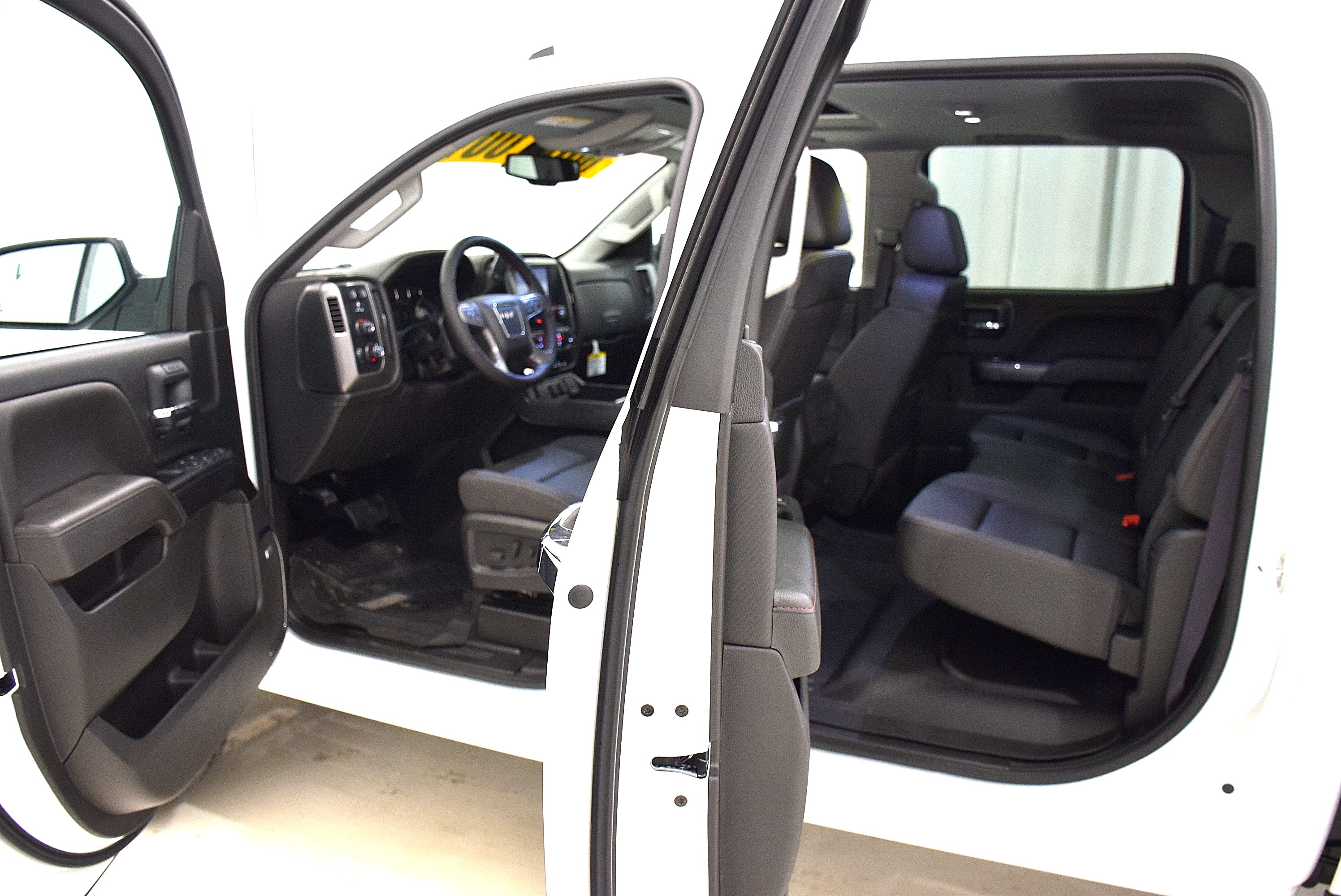 2016 Sierra 2500 Double Cab, Cab Chassis #63833 - photo 5