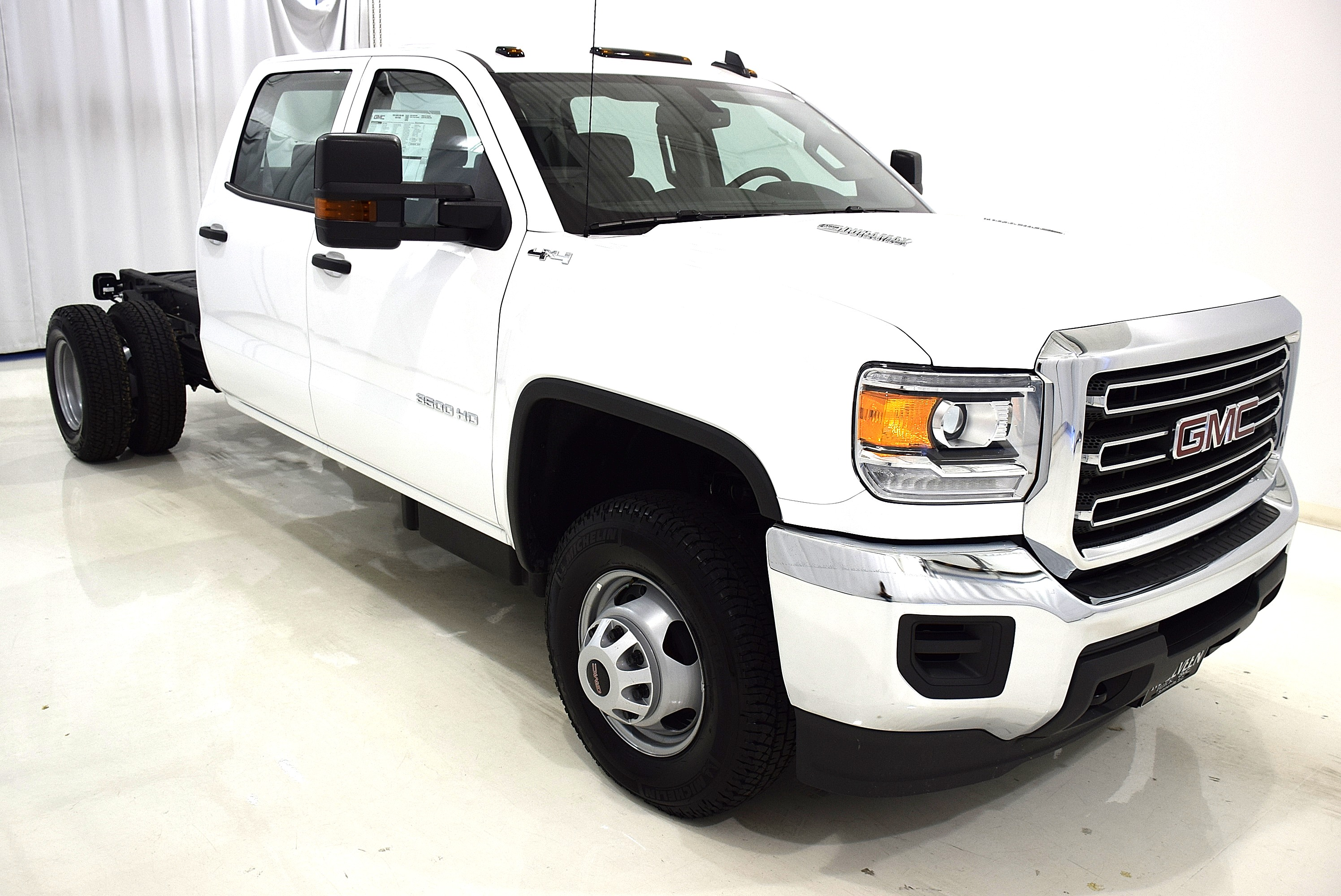 2016 Sierra 3500 Crew Cab 4x4, Cab Chassis #63842 - photo 3