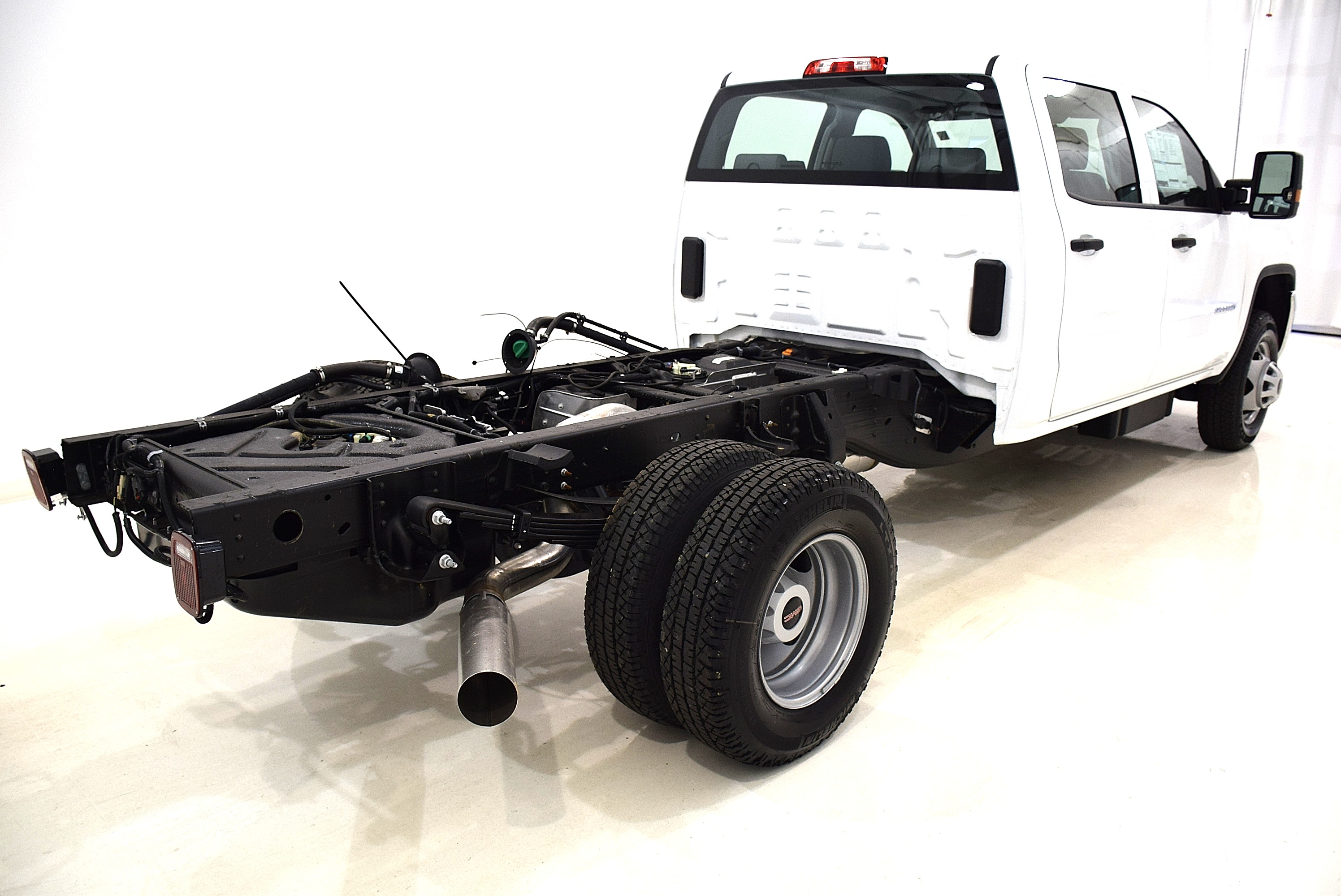 2016 Sierra 3500 Crew Cab 4x4, Cab Chassis #63842 - photo 7