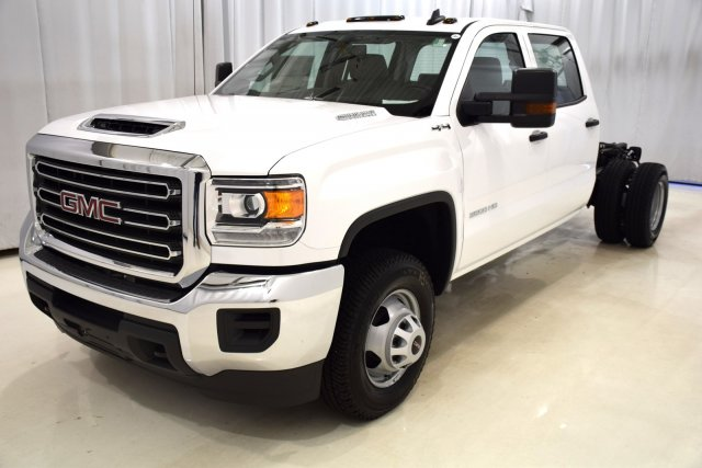 2017 Sierra 3500 Crew Cab 4x4, Cab Chassis #73558 - photo 5