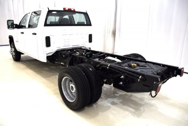 2017 Sierra 3500 Crew Cab 4x4, Cab Chassis #73565 - photo 2