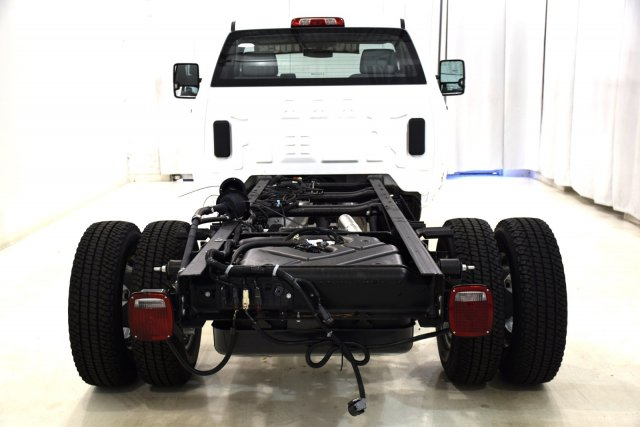 2017 Sierra 3500 Regular Cab DRW 4x4 Cab Chassis #73634 - photo 7
