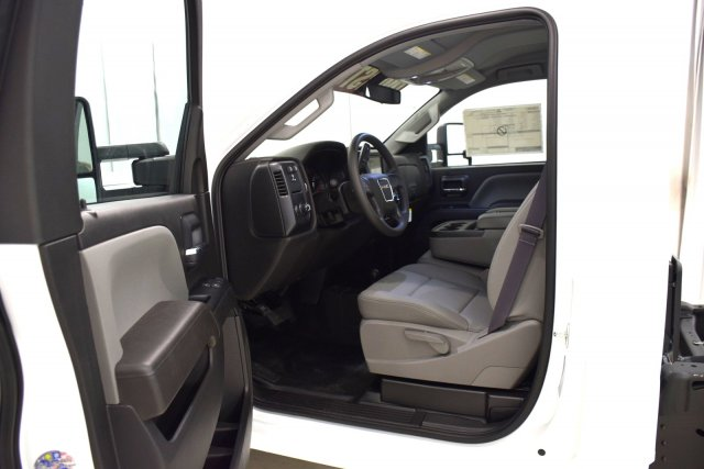 2017 Sierra 3500 Regular Cab DRW 4x4 Cab Chassis #73634 - photo 4