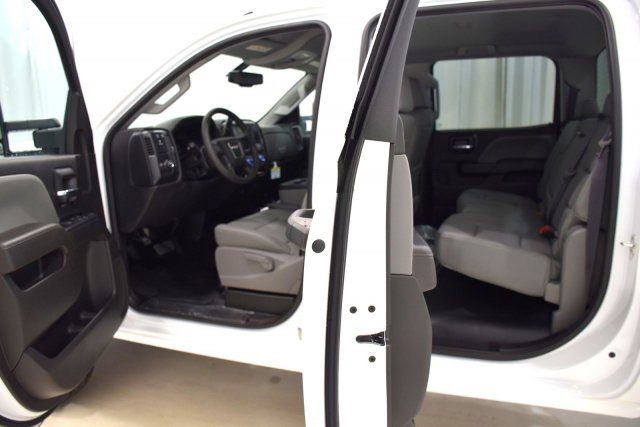 2017 Sierra 3500 Crew Cab, Cab Chassis #73694 - photo 4