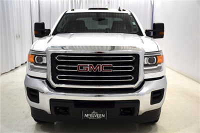 2017 Sierra 3500 Crew Cab DRW, Cab Chassis #73701 - photo 6