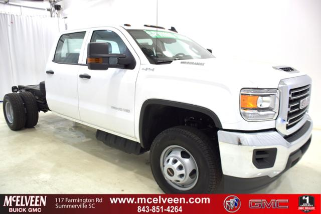 2018 Sierra 3500 Crew Cab DRW 4x4,  Cab Chassis #83462 - photo 1